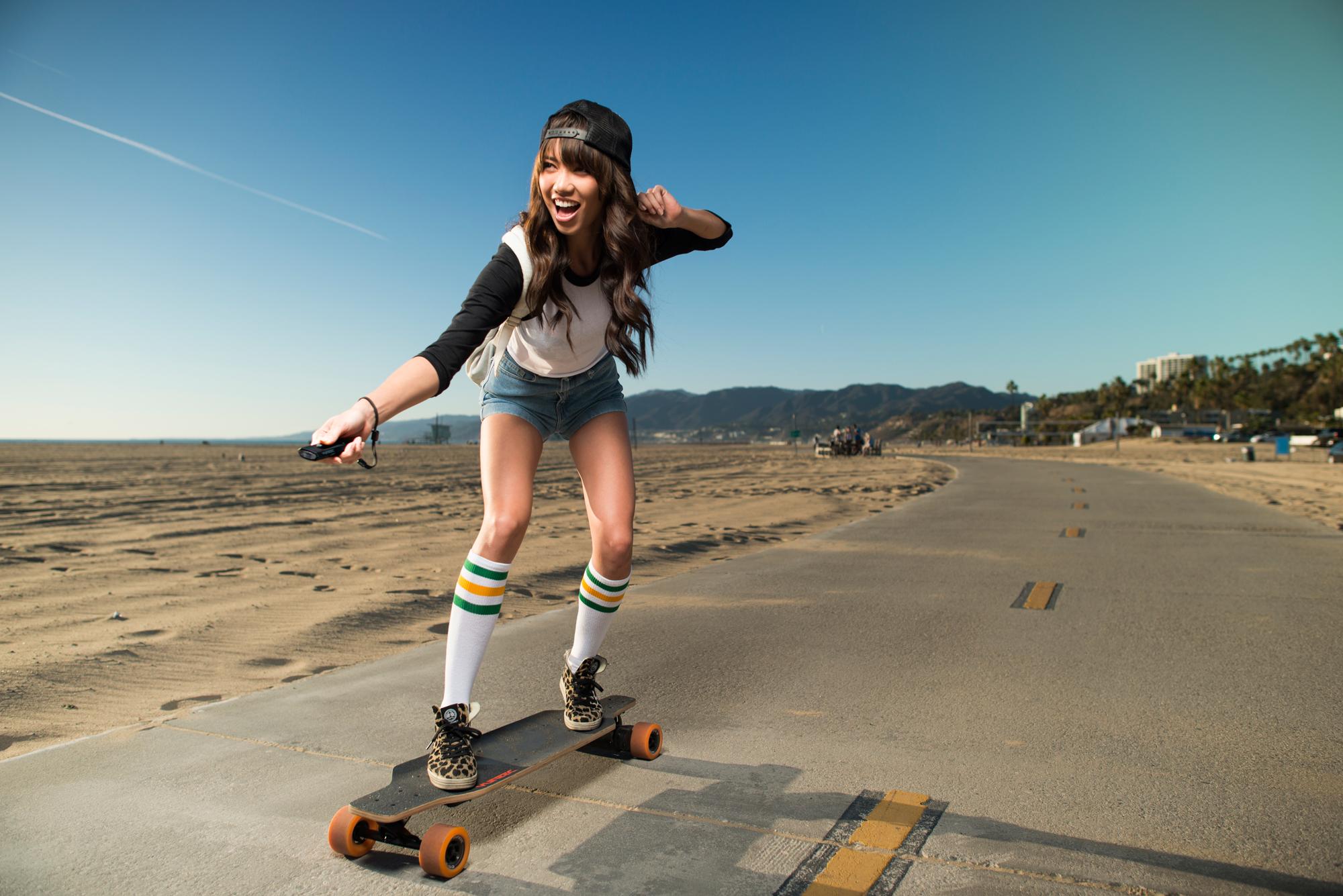 Skateboard Electrique – Yuneec E-Go 355€